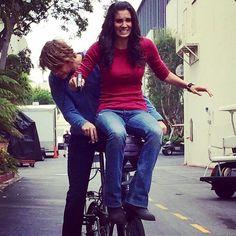 Eric Christian Olsen and Daniela Ruah