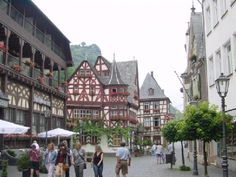 St. Goar (Sankt Goar) is a cute little town you can visit along The Rhine River - Germany
