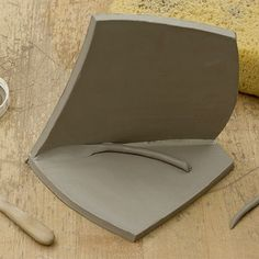 For the insides of slab vessels, when the joins are firm, it can be a nice touch to roll a thin coil of clay and press it into the inside corners of the joins to make them more attractive and to help them stay together