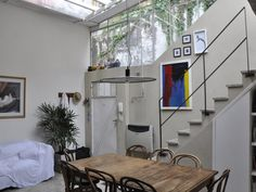 Casa Patio, Little Houses, Beautiful Interiors, Ideas Para, Ladder Decor, Living Spaces, Loft, Interior Design, Bed