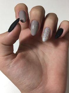 New Fails Art Acrylic Diamonds Ideas Hot Nails, Hair And Nails, Nail Manicure, Nail Polish, Nail Art Designs, Uñas Fashion, Oval Nails, Trendy Nails, Nail Arts