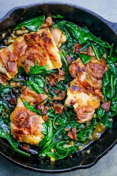 One Pot Bacon Garlic Chicken and Spinach Dinner is a delicious, savory, rich, and luxurious complete meal in just one pot and under 20 minutes! Spinach Dinner Recipes, Lunch Recipes, Paleo Recipes, Cooking Recipes, Sugar Free Recipes Dinner, Skillet Recipes, Cooking Gadgets, Pizza Recipes, Garlic Chicken