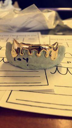 Custom made 6 teeth drip Grillz for a great low by Imakegrillz Gold Slugs, Bad Influence, Grillz, Thug Life, Boss Lady, Custom Made, Badass, Teeth, Cuff Bracelets