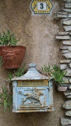 Mail box France