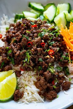 20 Minute Vietnamese Caramel Beef Ground Beef Dishes, Ground Beef Recipes, Savoury Dishes, Food Dishes, Main Dishes, Low Calorie Recipes, Healthy Recipes, Healthy Food, Asian Recipes