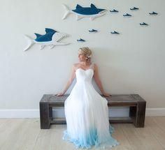 Nouvelle mode : colorer le bas de sa robe pour égayer son mariage - page 2
