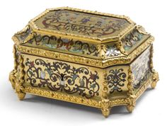 A Louis XIV ormolu-mounted, tortoiseshell, tinted horn, mother-of-pearl, brass and pewter-inlaid Boulle marquetry casketcirca 1700