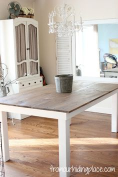 Farmhouse Dining Room Table--again the painted apron and legs is such a great look! Easy and inexpensive way achieve a new look or update an existing one.