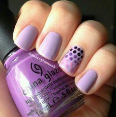 Dots lilac nail pattern design