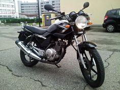 Yamaha YBR 125 2007 Moto Yamaha YBR 125 2007 vendo usato a Milano € 1.500 http://www.insella.it/annuncio/yamaha-ybr-125-2007-112637