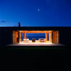 The idyllic spot of Coromandel, New Zealand, is home to this equally peaceful, restful box style house overlooking the ocean. The simplistic house plan Small House Swoon, Open House, Casas Containers, New Zealand Houses, Amazing Spaces, Shipping Container Homes, Location, Interior Architecture, Contemporary Architecture