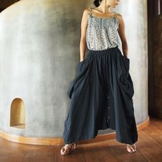 Note: Our popular helen skirt returns with more funky details ;-) This just might be one of your new favorite if you are prepared to receive compli...
