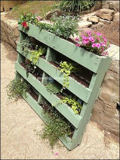 :Re-purposed Pallet Planters: Outdoor Plants, Outdoor Fun, Outdoor Gardens, Outdoor Decor, Lawn And Garden, Home And Garden, Herb Garden, Pallet Planters, Backyard Paradise