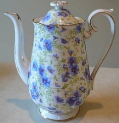 Royal Albert Blue Pansy Coffee Pot - I'll make TEA in it, of course !