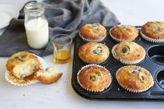 Yoghurt and Banana Muffins Afternoon Snacks, Afternoon Tea, Steak And Mushroom Pie, Lamb Pie, Muffin Recipes, Banana Recipes, Cake Recipes, Yummy Recipes, Snack Recipes