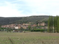 castillo y murallas de palazuelos - guadalajara - españa