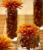 use acorns to fill dishes - Autumn/Thanksgiving