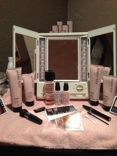 My Mary Kay set-up in my home salon. I have been having a ball since adding this to my salon.