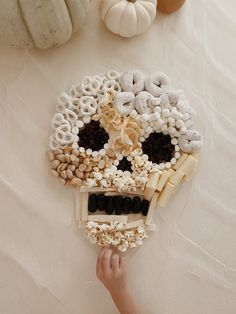 Halloween 2020, Holidays Halloween, Halloween Treats, Happy Halloween, Halloween Decorations, Halloween Party, Halloween Skull, Halloween Pumpkins, Halloween Costumes