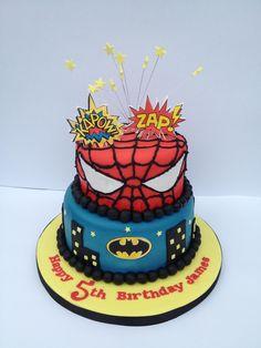 Homemade Batman Cake Ideas That Look Great - Novelty Birthday Cakes 5th Birthday Cake, Superhero Birthday Cake, Novelty Birthday Cakes, Superhero Party, Birthday Ideas, Batman Cake Topper, Cookie Cake Designs, Party Cakes, Spiderman