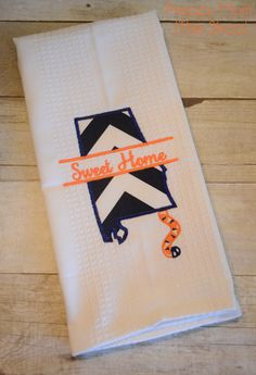 #Auburn Dishtowel! Sweet Home Alabama Dish towel with fun Auburn Tiger Twist! $20 Shipped. Come check out www.facebook.com/diaryofapreppymom to order!