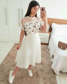 Swans Style is the top online fashion store for women. Shop sexy club dresses, jeans, shoes, bodysuits, skirts and more. Modest Outfits, Classy Outfits, Skirt Outfits, Modest Fashion, Hijab Fashion, Stylish Outfits, Korean Fashion, Cool Outfits, Fashion Dresses