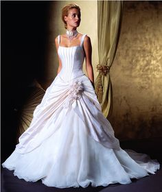 $155 Classic corset with slimming channels sewn in the front and a softly bustled skirt - Oh my gosh I love this dress!
