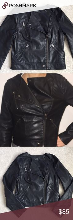 NEW🌟TOPSHOP Faux Leather Moto Jacket TOPSHOP faux Leather Moto Jacket. Rock a Leather-Look biker in this faux-leather jacket. Effortlessly Cool with snaps & zip-up paneling and zip-up pockets. Sz. 6 fits a Sm/Med. NWOT Never Worn. Perfect Condition TOPSHOP Jackets & Coats