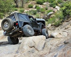 Getting over hump day.. @wj_crawler  #jeepsofsocal #jeeplife #becausejeep #bigbear by jeepsofsocal