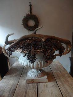 Decoratie met #Dadeltak   Decoration with #date palm berries