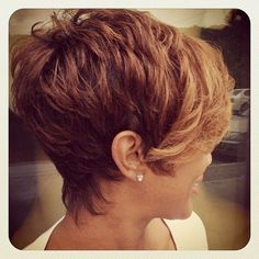 25 Color For Short Hair - hair styles for short hair Short Sassy Hair, Short Hair With Layers, Cute Hairstyles For Short Hair, Short Hair Cuts For Women, Layered Hair, Pretty Hairstyles, Curly Hair Styles, Short Haircuts, Short Pixie