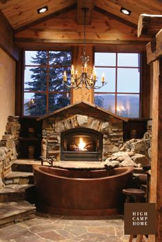What a beautiful, rustic bathroom. HCH Design : Big Springs