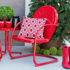 Coral Coast Vintage Retro Chair - Bold, unique, and ready for fun … and, no, we're not talking about the idea of the perfect date. The Coral Coast Vintage Retro Chair is all of ...