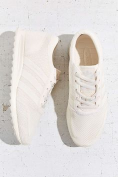 794ef116c0b adidas Originals Los Angeles White Running Sneaker - Urban Outfitters  Sneakers Shoes