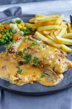 """Turkey in the """"lumberjack style""""-Pute nach """"Holzfäller Art"""" Turkey in the """"lumberjack style"""" - Meat Recipes, Healthy Recipes, Rabbit Recipes, Baked Penne, Shish Kebab, Lunch Boxe, Rabbit Food, Cooking On The Grill, Spaghetti Recipes"""