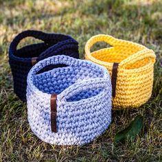 Custom baskets with handles Корзинки #индзаказ поехали в Харьков #knitknotkiev #crochet #tshirtyarn #zpagetti #zpagettiyarn #basket #baskets #crochetbasket #crochetbaskets #custom #customorder #handmade #madeinukraine