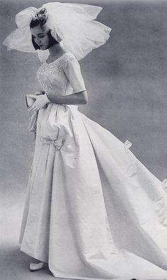 Organza tiered wedding dress I love so much! wedding gown, 1963 glitter sequin wedding dress with illusion fabric! 1960s Wedding Dresses, Vintage Dresses, Vintage Outfits, Vintage Fashion, Vintage Vogue, Vintage Wedding Photos, Vintage Bridal, Vintage Weddings, Vintage Dress Wedding