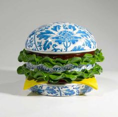 """Leading figurative Chinese artist Song Wei is definitely recognised for his """" Porcelain Hamburger """" (made of fibreglass) and less for the rest of his body of work in classic oil on canvas spiced with Asian cultural twists. Abstract Sculpture, Sculpture Art, Sculptures, Art Asiatique, Saatchi Gallery, Art En Ligne, Chinese Art, Contemporary Paintings, Art Day"""