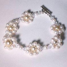 Mother pearl and Swarovski flower jewelry | JewelryLessons.com