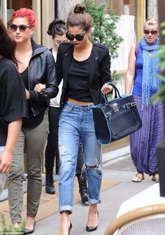 Selena Gomez has also been rocking this look recently, wearing her boyfriend jeans with an all black outfit, creating a totally hot and dramatic look. Description from birthdaymagazine.co.uk. I searched for this on bing.com/images