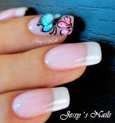uñas delicadas con mariposas en 3d #nail art #maripoa 3D