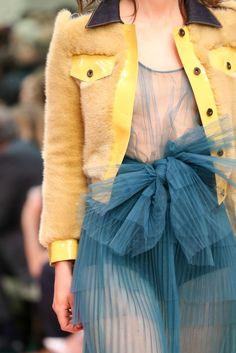 Burberry Prorsum Spring 2015 Ready-to-Wear - Details - Gallery - Look 40 - Style.com