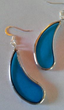 Hey, I found this really awesome Etsy listing at https://www.etsy.com/listing/169104392/blue-stained-glass-earrings