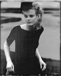 Výsledek obrázku pro robert vano Basic Tank Top, Film, Tank Tops, Women, Fashion, Movie, Moda, Films, Halter Tops