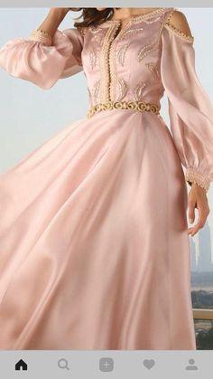 Abaya Fashion, Muslim Fashion, Fashion Dresses, Morrocan Dress, Moroccan Caftan, Evening Dresses, Prom Dresses, Wedding Dresses, Pretty Quinceanera Dresses
