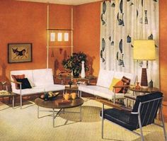Retro home decor is making a comeback, and it's doing it with style as many homeowners are now turning to the older days to give a new look to their house. When you decide to infuse a retro look into your home, Mid Century Modern Bedroom, Mid Century House, Mid Century Modern Design, Retro Living Rooms, Living Vintage, Vintage Sofa, Vintage Modern, Modern Retro, Modern Living