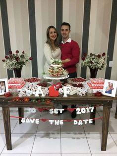 ♥♥♥  Noivado real da Amandha e do Fabio O noivado real de um casal que resolveu colocar a mão na massa e fazer tudinho! Com dicas, ideias e até uma história de amor lindona! http://www.casareumbarato.com.br/noivado-real-da-amandha-e-do-fabio/