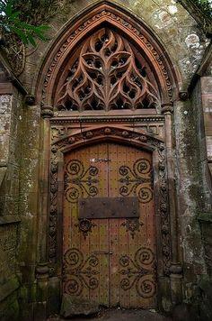 Cripta de Kirkton. (El Monte)