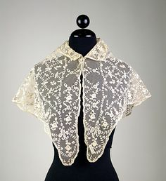 Pelerine: Pelerines are lace or silk capes for women with pointed ends.