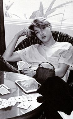 """[SCAN] EXO """"dear happiness"""" photobook - Cre: OliV-XOXO"""
